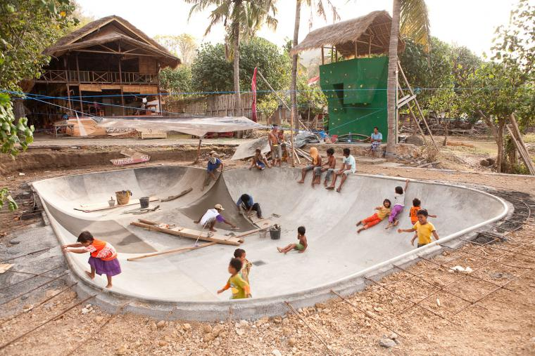 Surfcamp Lombok Photo by Skate Bowl Project Manager